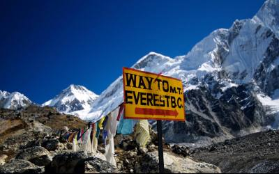 Everest base camp with (2 high passes)