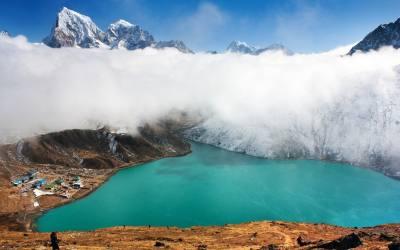Gokyo lake and Everest base camp trekking